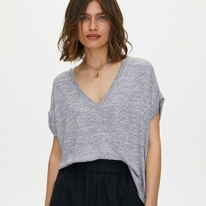🤩2 for $60🤩 Aritzia Wilfred Free top